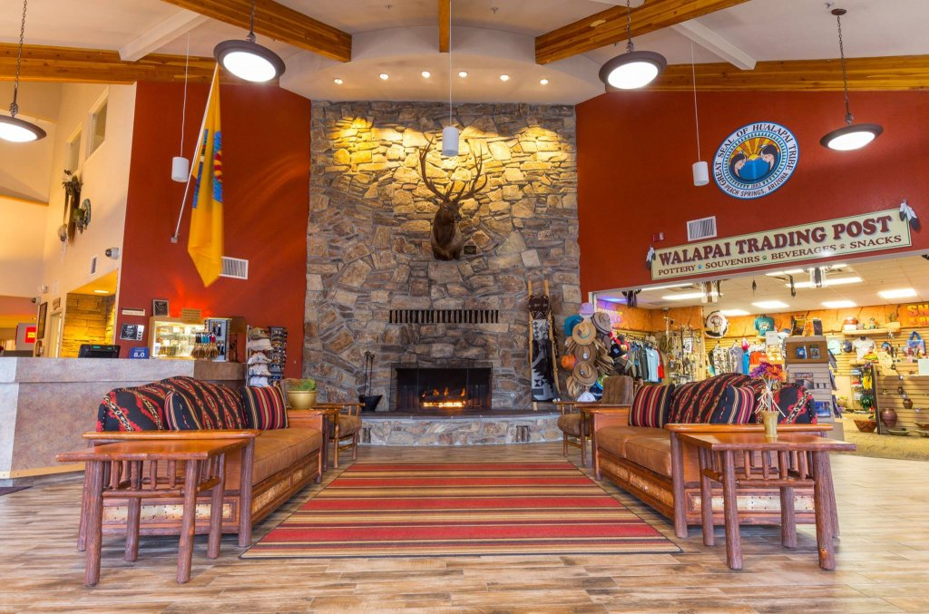 Hualapai Lodge Check In