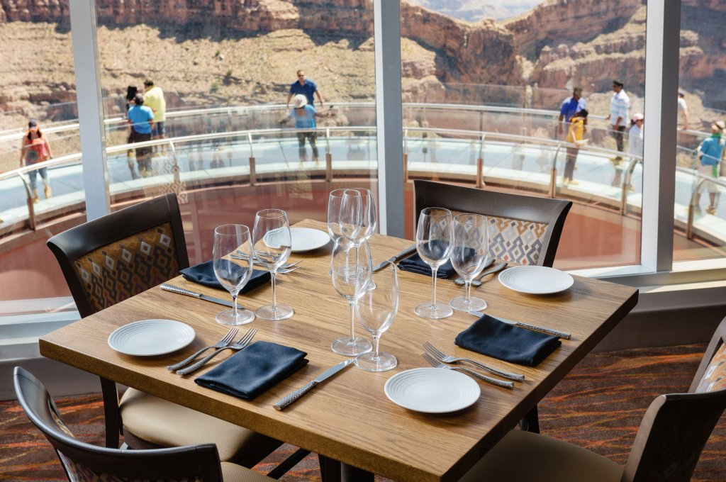 sky view restaurant at eagle point grand canyon